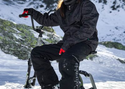 artic-snow-bike-extreme-riding-0002