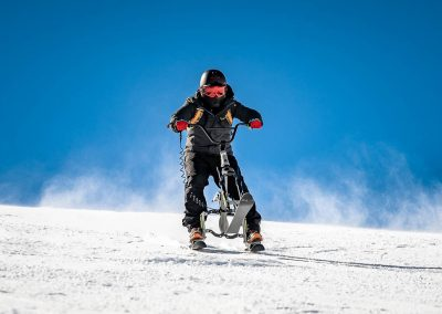 artic-snow-bike-extreme-riding-0013